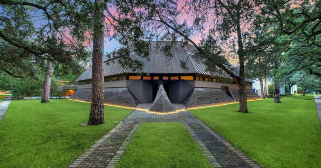 """The """"Darth Vader"""" house in Houston, Texas is up for sale for $4.3 million."""